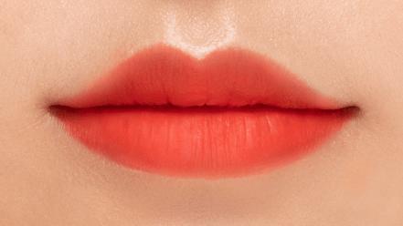 Loved Lip Me@2x