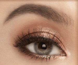 eyeshadow 01